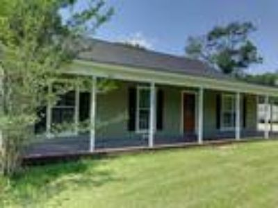 House with acreage in Walker - mobile home can be placed on property for fam...