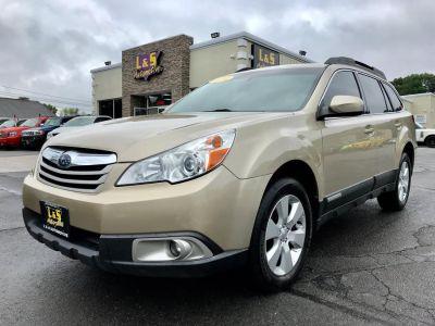 2010 Subaru Outback 2.5i Premium (Harvest Gold Metallic)