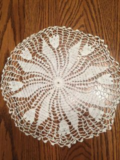 11 Vintage Whirl A Way Design Crocheted Doily