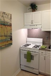 Pet Friendly 3+1 Apartment in Herndon. Pet OK!