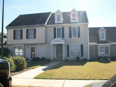 Single-family home Rental - 102 Wingate Cir