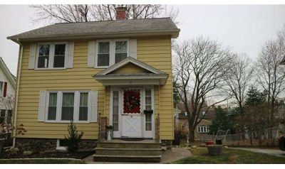 11 Hanna Rd Worcester Four BR, Spacious 8 room colonial for sale