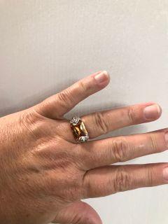 Beautiful Ring- Size 8!