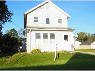 4 Bed 2 Bath Foreclosure Property in Rutland, VT 05701 - Evergreen Ave