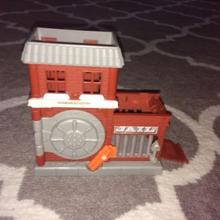 Hot wheels bank/jail