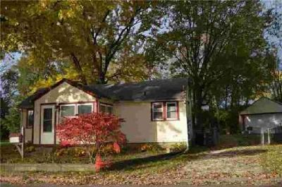 425 Miami Street Troy One BR, Looking for a starter home or