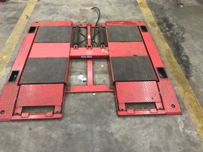 John Bean 10,000lbs heavy duty scissor lift