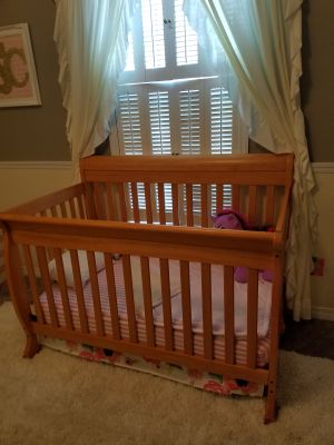 Crib and Changer Nursery Suite
