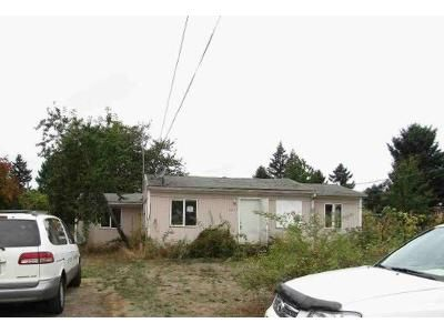 2 Bed 1 Bath Foreclosure Property in Portland, OR 97206 - SE 76th Pl