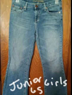 American Eagle junior jeans