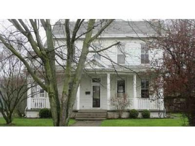 5 Bed 2.5 Bath Foreclosure Property in Connersville, IN 47331 - N Grand Ave