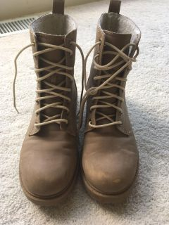 Divided brand shoe boots
