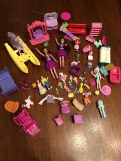Miniature dolls and accessories some Polly pocket