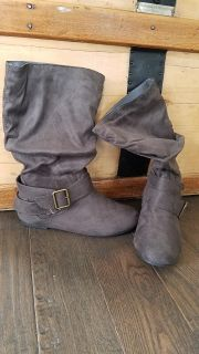 Boots - Journee Collection Shelley Midcalf Boots