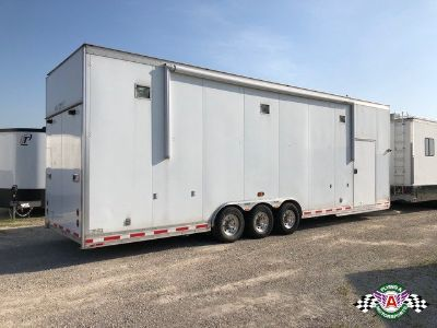 1999 T&E 30' Stacker Trailer