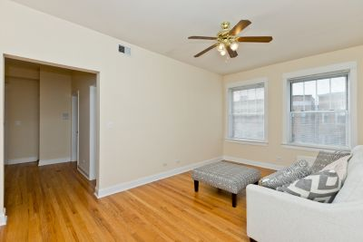 All Updated Top Floor 2bd/1bth in East Lakeview - Central HVAC, 90+ Walk Score!