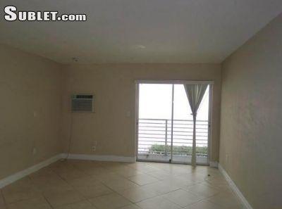 $1350 studio in Miami Beach