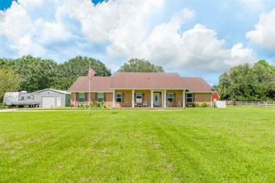 Gorgeous 3 Bedroom Home with Inground Pool