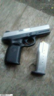 For Sale: Smith and wesson 40cal