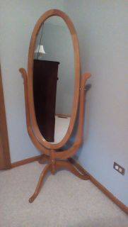 Free Standing Oval Dressing Mirror