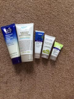 Facial Cleansing Lot
