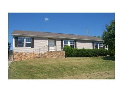 3 Bed 2 Bath Foreclosure Property in Dandridge, TN 37725 - Case View Rd