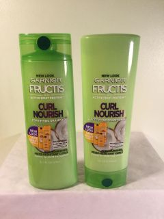 Garnier Fructis Curl nourish fortifying shampoo and conditioner set