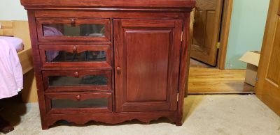 Baby Dresser/Changing Table