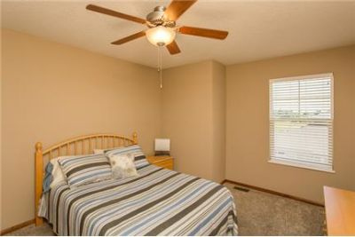 3 bedrooms Apartment - Maplewood is located in the ever-growing community of West Des Moines.