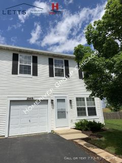 Beautifully Updated 3 Bed 2.5 Bath Plainfield Townhome