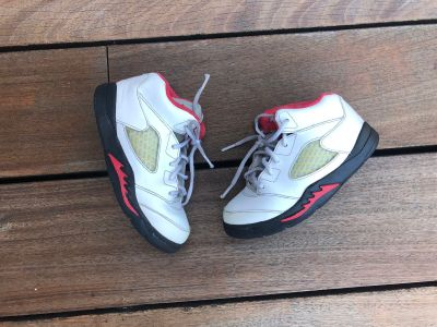 Air Jordan running shoes size 9. Good condition. Price is firm.