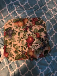 Two placemats with matching cloth napkins