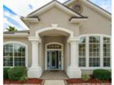 Orange Park Four BR Four BA, CC Pool Home!!! Don't miss this Country