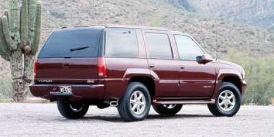 2000 GMC Yukon Denali Denali (Silvermist Metallic)