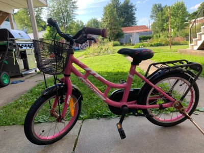 18 inch Winthur girls bike