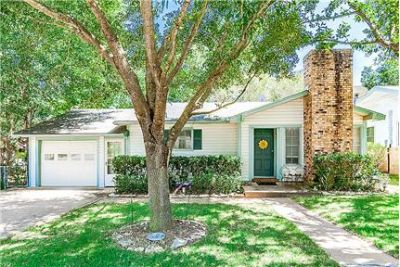 Charming 2/1 cottage in Brenham, Texas