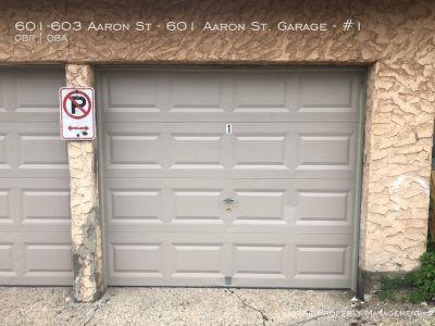 1 Car Garage in Bethlehem