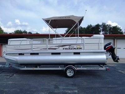 2006 SunTracker Party Barge 21 Ft Boat - beaumont