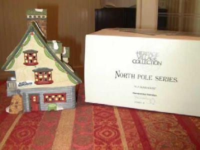 $35 Dept 56 North Pole Series Elf Bunkhouse (Meridian)