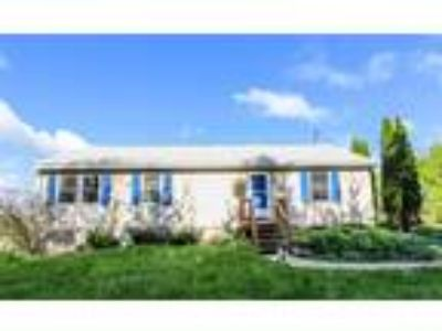 Beautifully Maintained Home just 15 minutes from Ithaca.