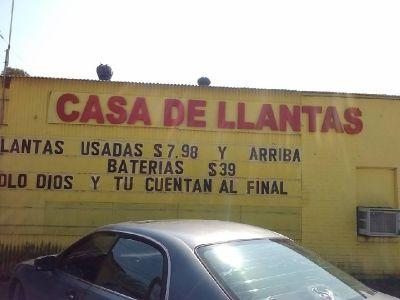 Casa de Llantas/ House of Tires