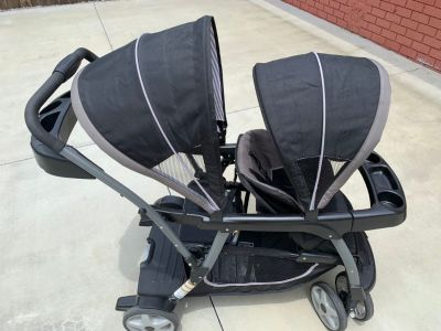 Bravo Click Connect Grow to Ride Double Stroller