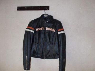 $300 Women Harley-Davidson 3-1 leather jacket