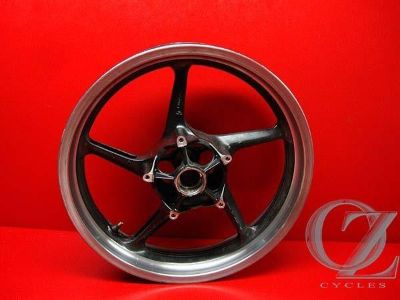 Sell FRONT RIM WHEEL R1 1000 YAMAHA 04 05 J motorcycle in Ormond Beach, Florida, US, for US $89.95