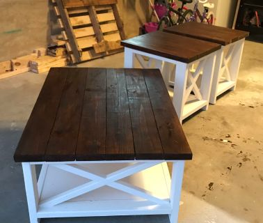 Coffee table and 2 large end tables