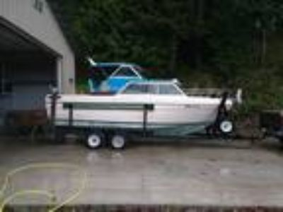 Bayliner - 2350 Nisqually Express