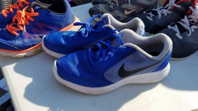 Nike shoes 6Y