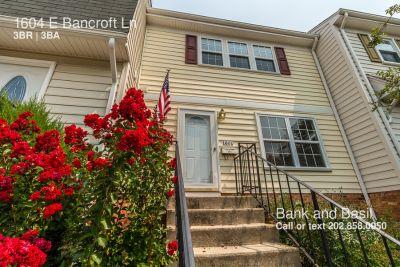 Townhouse Rental - 1604 E Bancroft Ln