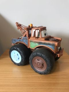 Giant Tow Mater
