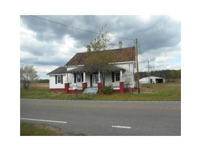 3 Bed 1 Bath Foreclosure Property in Selma, NC 27576 - Nc Highway 96 N